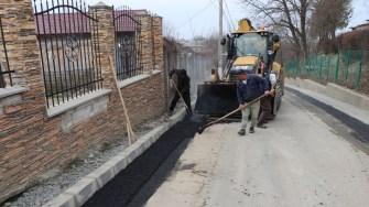 Primăria Cernavodă continuă reabilitarea străzilor. FOTO Adrian Boioglu