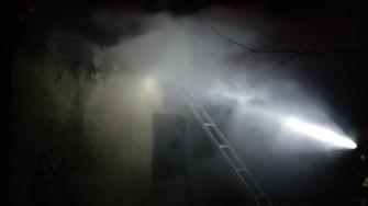Pompierii au intervenit pentru a stinge incenfiu. FOTO ISU Dobrogea