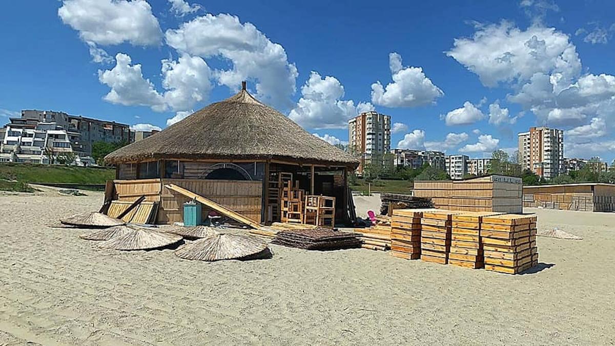constructii plaja (6)