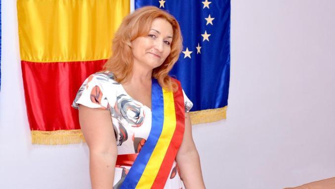 Nicoleta Vrabie, noul primar al comunei Peștera, Constanța. FOTO Arhiva Personală N. V.