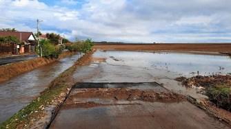 """Inundații și pagubele produse, luni, în Valu lui Traian. FOTO ISU """"Dobrogea""""."""
