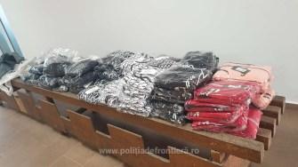Bunuri contrafăcute, confiscate la Vama Veche. FOTO Garda de Coastă