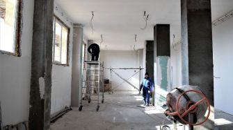 Lucrările pentru modernizarea Centrului Cultural de Tineret, continuă. FOTO Primăria Cumpăna