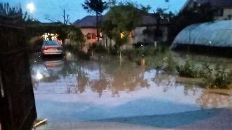 """Intervenții ale pompierilor în urma inundațiilor de la Tuzla. FOTO ISU """"Dobrogea"""""""