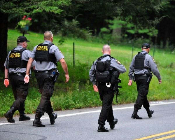 Massive manhunt continues for suspect in Pennsylvania ...
