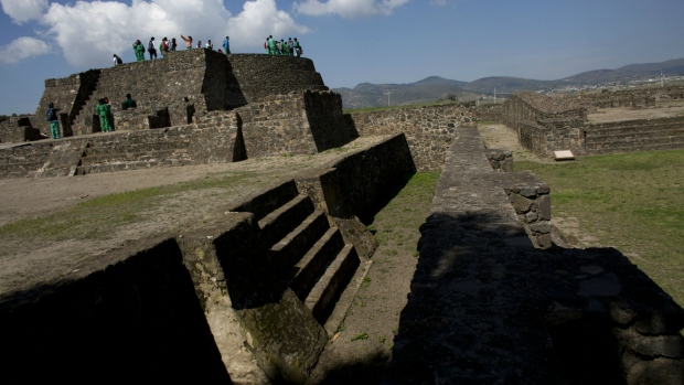 Excavations at ancient Aztec town