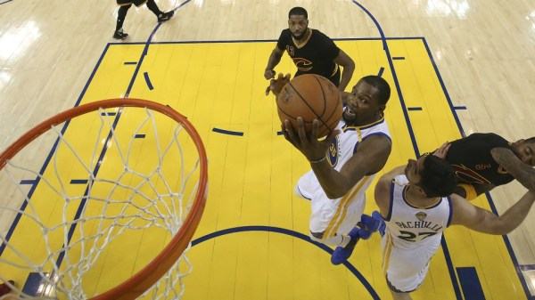 Kevin Durant, Stephen Curry lead Warriors to NBA title ...