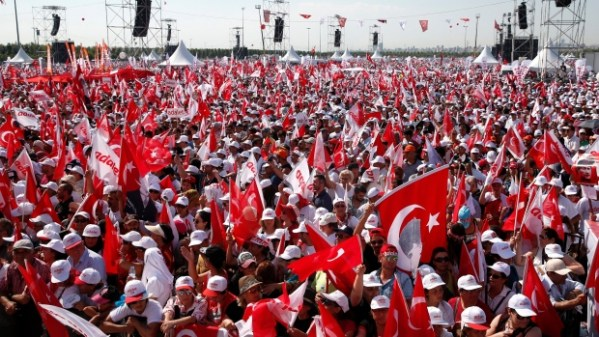 Turkish opposition leader finishes 25-day march with rally ...