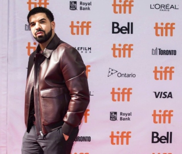 Canadian Rapper Drake Poses For Photographs On The Red Carpet For The New Documentary The Carter Effect During The 2017 Toronto International Film