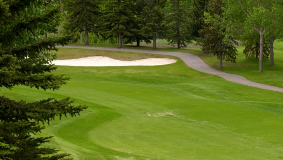 Golf Returns To Bearspaw Country Club Following Surprise