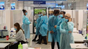 Quebec reports another record low increase in coronavirus cases with 666 new infections during hospitalization