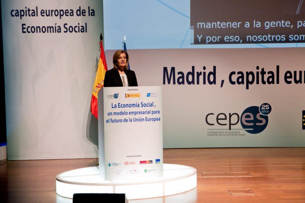 La ministra de Empleo, Fátima Báñez,firmó la Declaración de Madrid para la Economía Social.