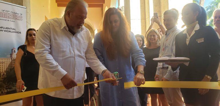 Manuel Marrero, ministro de Turismo, y Charo Trabado, CEO de MITM Events, en la apertura del evento.