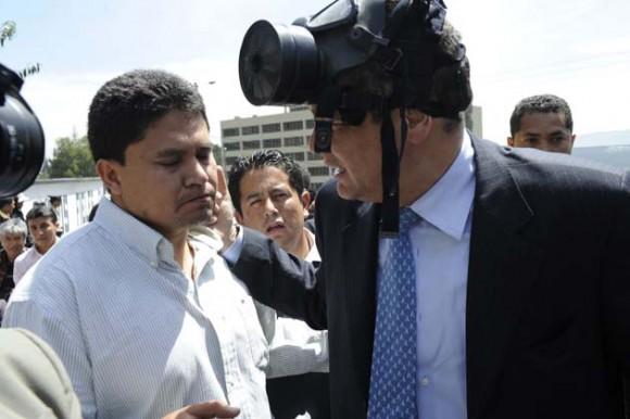Correa es atacado con bombas lacrimógenas (Foto: AFP)