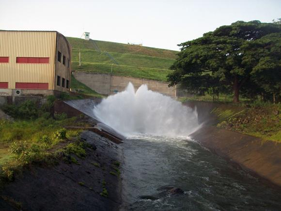 El agua parte rumbo a los llanos de granma