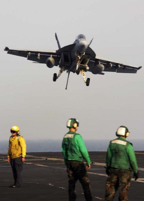 Un avo F/A-18 Hornet