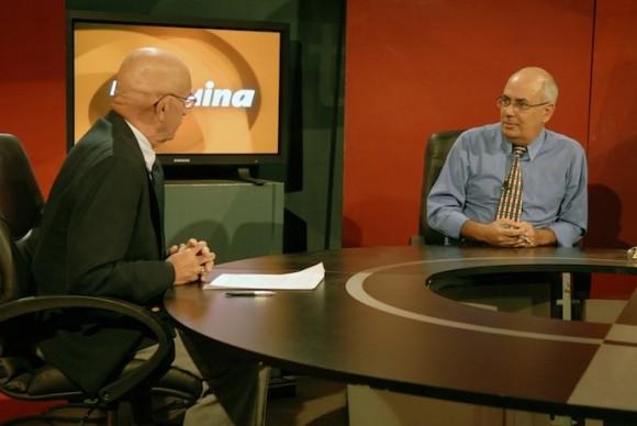 Reinaldo Taladrid, en el programa Mesa Redonda de la Televisión cubana y tuvo como invitado al Doctor Néstor García Iturbe.