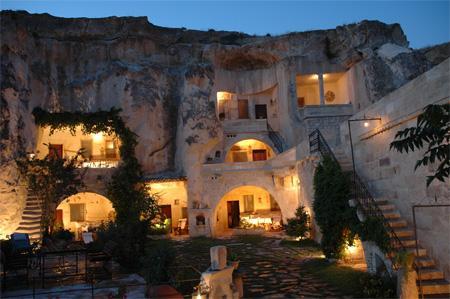 hoteles-cueva-en-turquia