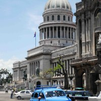 La Habana bulliciosa y parlera