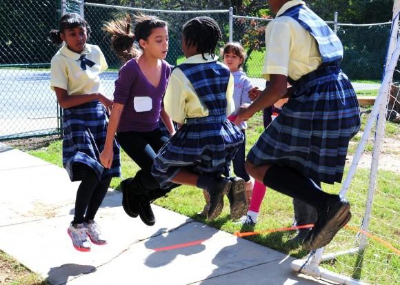 La Escuela Internacional de Maryland, abrió sus puertas a La Colmenita para compartir un día lleno de actividades. Foto: Bill Hackwell