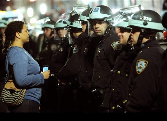 Desalojo a Occupy Wall Street en Nueva York. Foto: The Wall Street Journal
