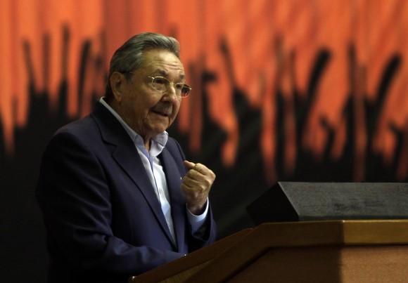 Raúl Castro en la clausura de la Primera Conferencia Nacional del Partido. Foto: Ismael Francisco
