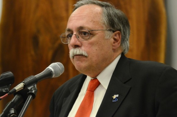 José Pertierra. Foto: Bill Hackwell