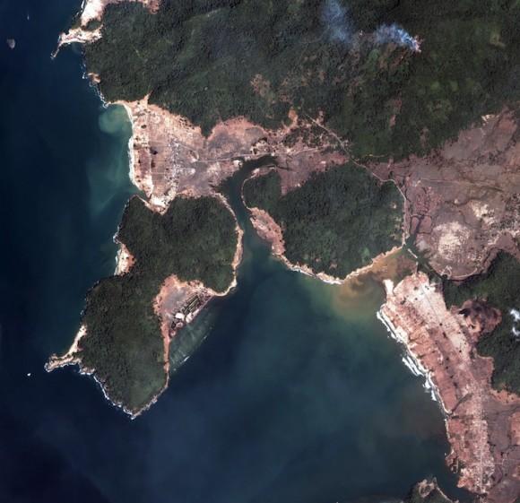 Imagen de satélite de Sumatra. Foto: AP/ Digital Globe