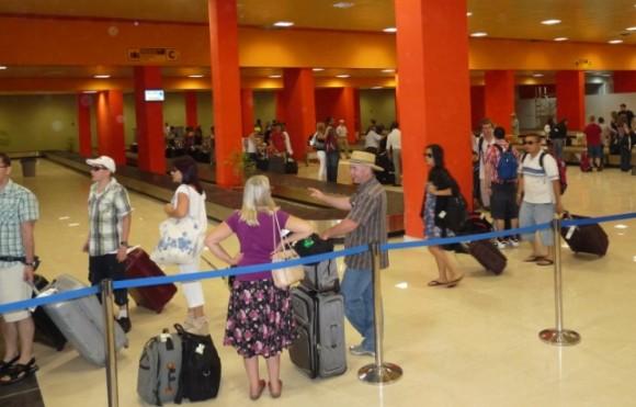 Imagen del Aeropuerto Internacional José Martí Terminal 2 después del 18 de junio de 2012