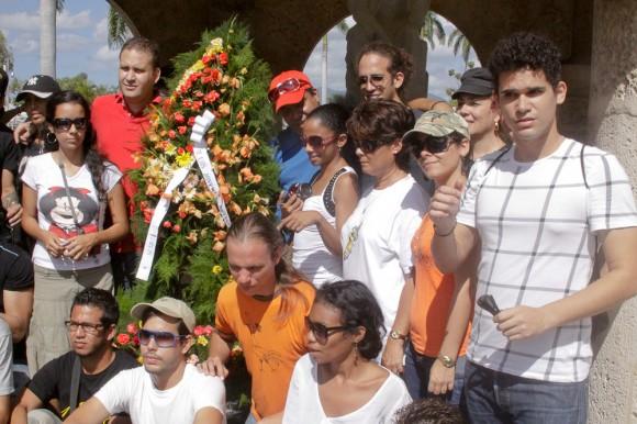 Ofrenda floral en el mausoleo a José Martí en el cementerio Santa Ifigenia. Foto: Alejandro Ramírez Anderson/Cubadebate.