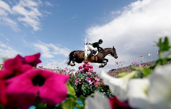 Rodrigo Pesoa durante la equitación