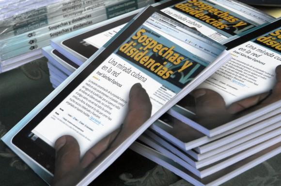 Presentación del libro Sospechas y disidencias. Foto: Daylén Vega
