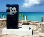 El primer monumento a José Martí inaugurado recientemente en la Isla de Inagua, en Las Bahamas. Foto: Granma