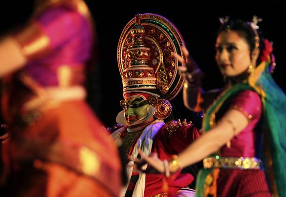 Inauguran Festival De La Cultura India En La Habana