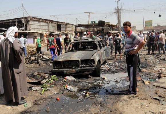 Un estudio publicado por la revista PLOS Medicine indica que esa cifra habría que multiplicarla por 50. Preparado por 12 investigadores de EE.UU., Canadá e Irak, indica que perdieron la vida 460.800 civiles iraquíes entre 2003 y 2011.