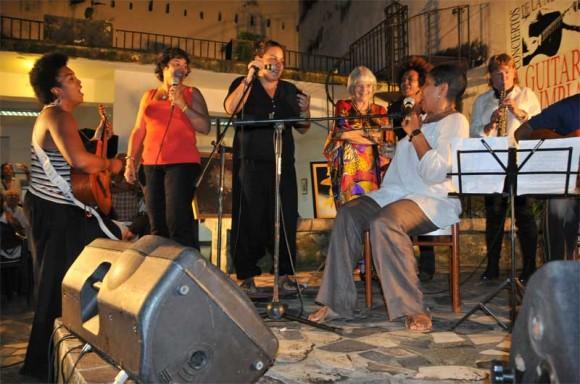 El cierre, todas las voces. Foto: Lynet Pujol/ Centro Pablo.