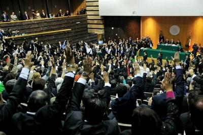 Diputados votan nominalmente en lo general, la minuta de la Reforma Energética. Foto: @CanalCongreso