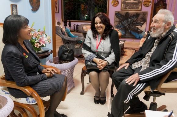 Portia Simpson y Fidel Castro. Foto: Alex Castro