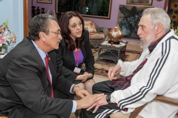 Fidel Castro y el Presiente de Santa Lucía, en un encuentro en La Habana. Foto: Alex Castro.