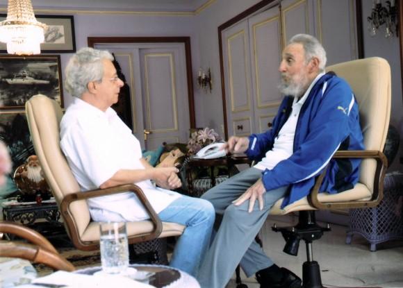 Fidel y Frei Betto el domingo 16 de febrero de 2014. Foto: Archivo