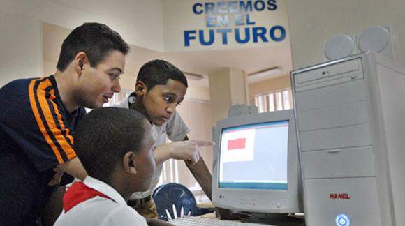Joven Club de Computación. Foto: Roberto Suárez / Juventud Rebelde.