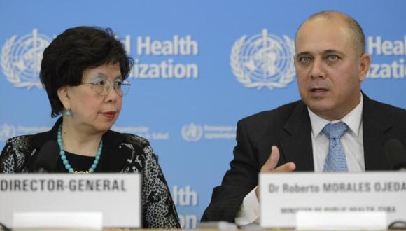 Roberto Morales Ojeda, Ministro de Salud Pública de Cuba, junto a Margaret Chan, Directora General de la OMS. Foto tomada de Cubadebate.