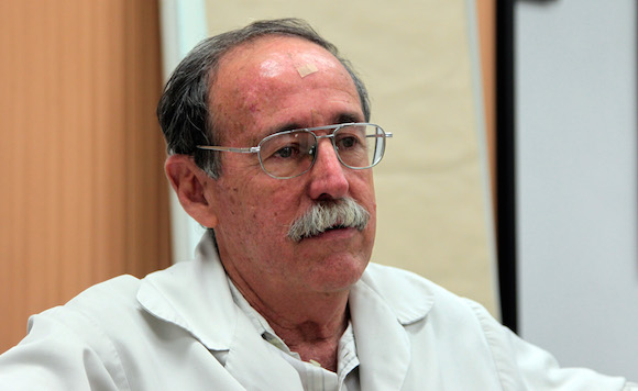 """""""No solamente Cuba tiene mucho que ganar en ese intercambio, los científicos norteamericanos también pueden ganar, porque nuestros enfoques de diversos temas pueden ser diferentes."""" Doctor Agustín Lage. Foto: Ladyrene Pérez/ Cubadebate"""