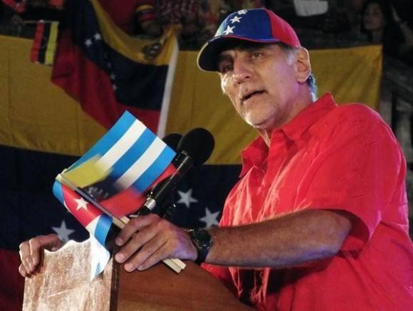 René durante su alocución este domingo en La Habana. Foto: National Committee to Free the Cuban Five.