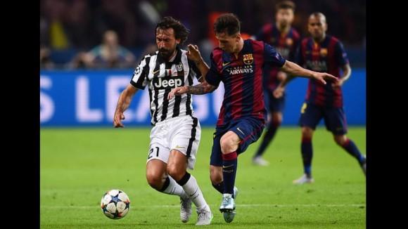 Dos leyendas: Messi y Andrea Pirlo  en la Final de la Champions, 6 de junio de 2015. Foto: AFP