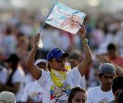 Papa Francisco celebró misa en Guayaquil entre miles de fieles. Foto: AFP.