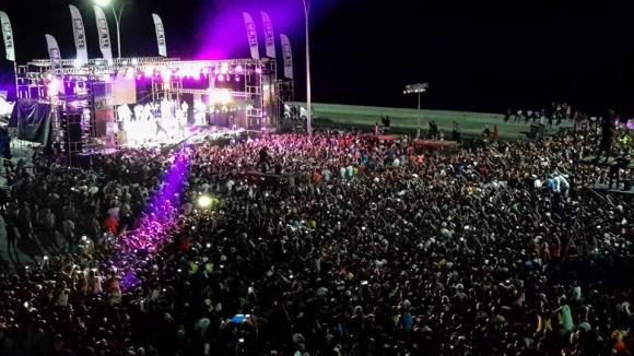 Concierto de la  agrupación cubana Gente de Zona,  en el Malecón Habanero, como parte de las actividades por el verano, el 20 de agosto de 2015. Foto: Alejandro Cruz / facebook