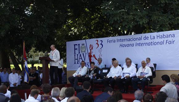 Rodrigo Malmierca, ministro de Comercio Exterior y la Inversión Extranjera, durante el discurso inaugural de FIHAV 2015. Foto. José Raúl Concepción/Cubadebate.