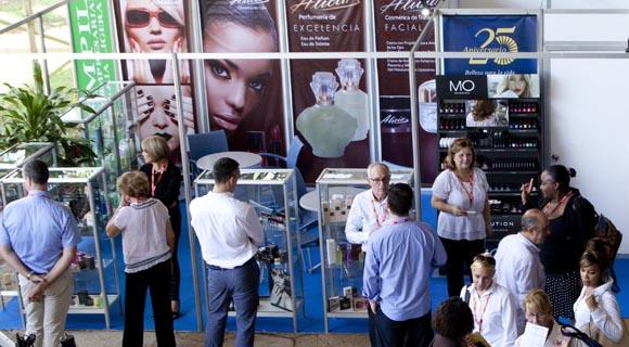 FIHAV-2015 se extenderá hasta el próximo 7 de noviembre. Foto: Ismael Francisco/Cubadebate