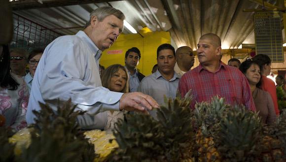 Secretario de Agricultura, Thomas Vilsack, viajó por tres días en noviembre a Cuba. Foto: Archivo.